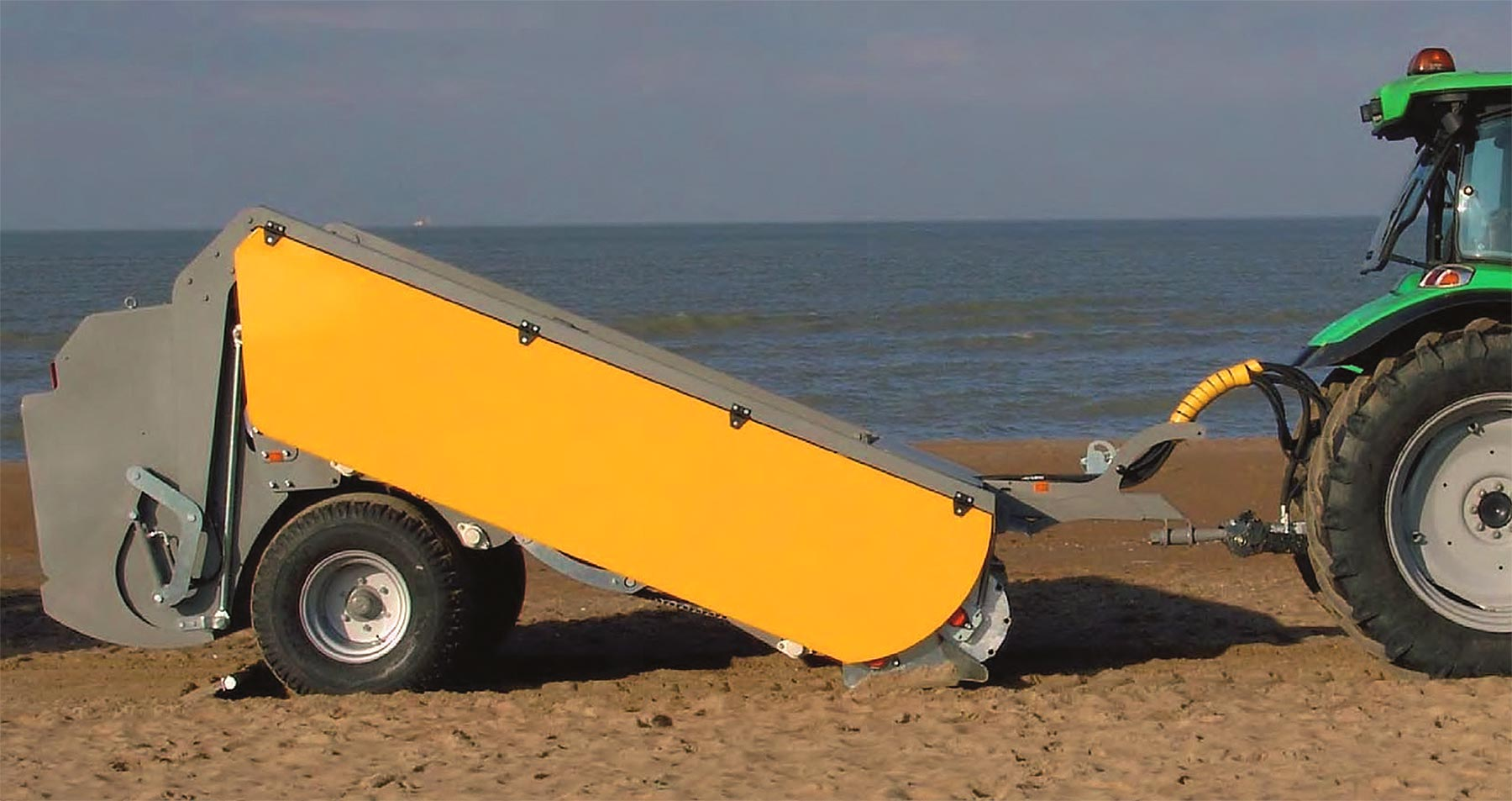Beach cleaning BDMA2200